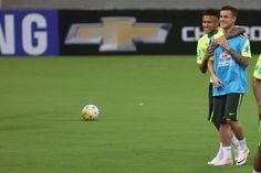 Prontos para amanhã ✌ Philippe Coutinho