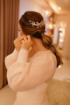 Carolina Ernst by Johansson Correia Beautiful Bride, Brides, Wedding, Fashion, Weddings, Engagement, Valentines Day Weddings, Moda, Fashion Styles