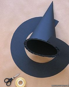 How to make a Witches' Hat http://www.marthastewart.com/268139/wizard-and-witch-costumes-witches-hats?czone=holiday%2Fhalloween-center%2Fhalloween-center-costumes&gallery=274774&slide=268139¢er=1006803