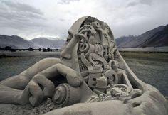 awesome, cool, art, amazing sculpture, 20 Mind Blowing Sand Sculptures