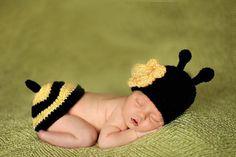 Newborn baby to 4 months Handmade HoneyBee  Baby Hat Set
