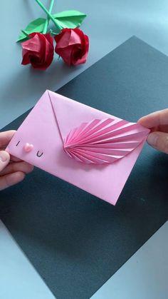 Diy Crafts Hacks, Diy Crafts For Gifts, Diy Arts And Crafts, Magic Crafts, Paper Crafts Origami, Paper Crafts For Kids, Diy Paper, Gift Wrapping Techniques, Instruções Origami