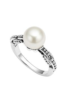 In love with this glamorous pearl ring for luxurious style.