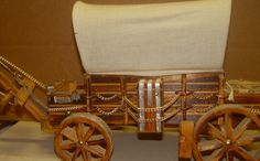 VTG WOODEN COVERED WAGON TABLE LAMP - CIRCLE H CHUCKWAGON STAGECOACH WORKS! | eBay