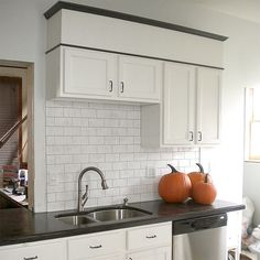 It's amazing what a little paint can do to a kitchen!