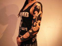 Blackwork sleeve by Jun Matsui, LifeUnderZen, on Chisaki of Chisaki Tattoo.
