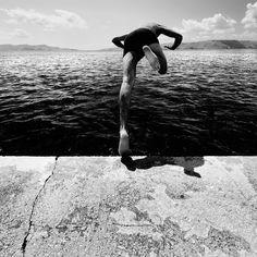 Proiezione Frontale, photography by Mitia Dedoni