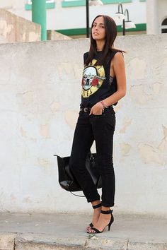Concert Attire rocker chic/ I'd pair with a black leather jacket and red heels possibly Band Tee Outfits, Hipster Outfits, Edgy Outfits, Grunge Outfits, Dance Outfits, Girl Outfits, Rocker Chic Outfit, Rocker Chic Style, Rocker Chic Fashion