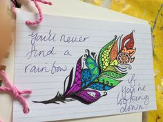 Love this feather design ♡