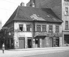 Bratislava, Store Fronts, Slovenia, Hungary, Budapest, Poland, Arch, Scene, Europe