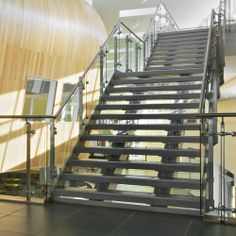 Suffolk One Sixth Form College, Ipswich, UK - Q-RAILING UK Tel. +44 (0) 800 7814 245 sales@q-railing.co.uk