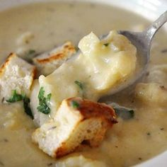 Roasted Cauliflower and White Cheddar Soup from Mel {Mel's Kitchen Cafe}