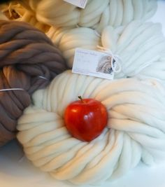 Giant Chunky Hand Spun Extreme Yarn Super by ColorwaysGallery