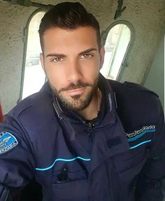 Uniform In Car : Photos Hot Cops, Beautiful Men Faces, Gorgeous Men, Hairy Men, Bearded Men, Sexy Military Men, Really Hot Guys, Handsome Faces, Handsome Man