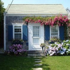A Getaway...A charming Nantucket cottage.