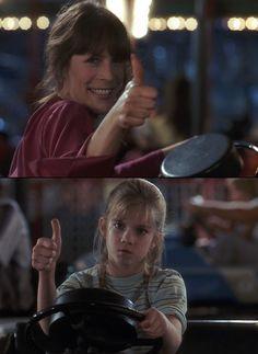 Shelly DeVoto (Jamie Lee Curtis), Vada Sultenfuss (Anna Chlumsky) ~ My Girl (1991) ~ Movie Stills #amusementphile