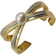 Pre-owned Vintage Tiffany Paloma Picasso Diamond X Bangle With Pearl ($10,500) ❤ liked on Polyvore featuring jewelry, bracelets, accessories, yellow gold, vintage diamond jewelry, pearl bangles, hinged bracelet, pearl jewelry and bangle bracelet