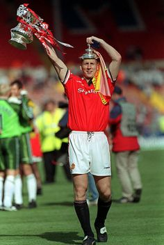 Jaap Stam with the 1999 Fa Cup