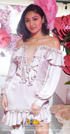 vivaartisagency IG post Feb 26 2019 LusterPopUpStore Filipina Actress, Nadine Lustre, Jadine, Beautiful Pictures, James Reid, Ruffle Blouse, Celebs, Ig Post, Actresses