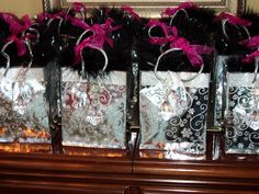 diva party favors of boas, rings, and gloves inside