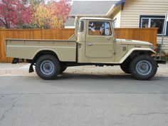 hj45-toyota-land-cruiser-truck-tan-1977-clean-orginal-rare-diesel-a | Land Cruiser Of The Day!