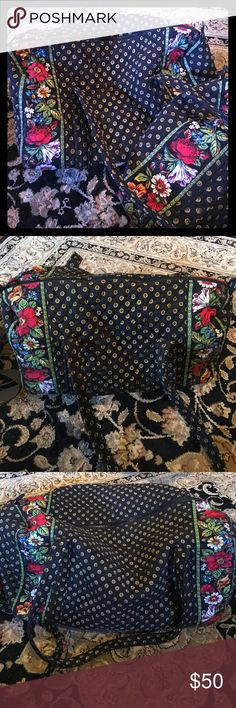 """Bundle Vera Bradley Duffel Bags! Two Vera Bradley Duffel bags and a makeup case.. smaller one is 17"""" across lying flat and about 10"""" high.. the large one is 20"""" across lying flat and about 16"""" high.. both have one pocket on the outside. Beautiful pattern!! Have been used.. makeup case has some staining from use .. shown in pic. Vera Bradley Bags Travel Bags"""