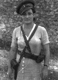 Spain - 1936-38. - GC - CNT/FAI militian.                                                       …