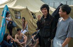 Нелегальные мигранты оценивают условия проживания в палаточном лагере в Москве как нормальные. Фото: Ilya Varlamov
