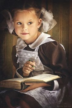 Photographic art by Karina Kiel, Russian [It's interesting that her approach/manner results in a portrait that looks so much like a painting.]