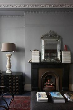 Transitional - Traditional gray and black living room Alex MacArthur My Living Room, Home And Living, Living Spaces, Living Area, Soho House, Up House, Foyers, Interior Architecture, Interior And Exterior