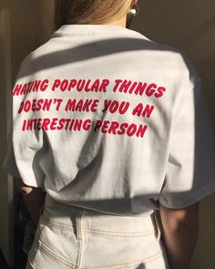 I really like these kinds of texts on t-shirts Mood Quotes, Life Quotes, Diy Vetement, Mode Vintage, Motivation, Beautiful Words, Just In Case, Wise Words, Decir No