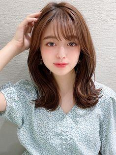 Medium Long Hair, Japanese Girl, Hairstyle, Long Hair Styles, Hairdos, Japan Girl, Hair Job, Medium Hair, Hair Style