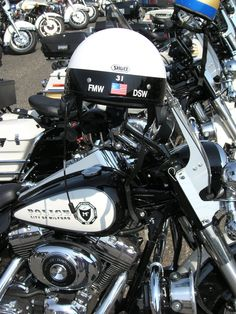 Milford Police Department (CT) Police Motorcycles   http://setcomcorp.com/motocomm.html