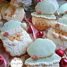 fancy christmas cookies Weihnachtspltzchen Santa and his sweetie Gourmet Cookies, Fancy Cookies, Cut Out Cookies, Royal Icing Cookies, Custom Cookies, Cake Cookies, Christmas Sugar Cookies, Christmas Gingerbread, Holiday Cookies