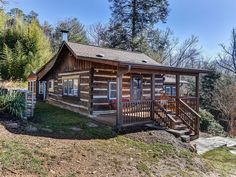 Beautifully appointed log cabin, originally built more than 80 years ago, and updated with all the modern amenities. Large stone wood burning fireplace will keep you cozy all winter long. Wonderful hot tub on the ...