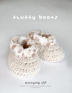 CROCHET PATTERN Khaki Fluffy Baby Boots Symbol by kittying.com from mulu.us