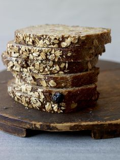 Recipe: Whole Wheat Sandwich Loaf with Oats and Pecans