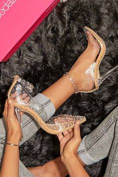 Get VIP ACCESS to the most sought-after online shoes, boots, handbags and clothing for women, handpicked for you based on your personal fashion preferences. Pretty Shoes, Cute Shoes, Me Too Shoes, Heeled Espadrilles, Espadrille Shoes, Sandals, Dream Shoes, Crazy Shoes, Tattoos For Women On Thigh