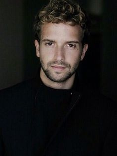 Pablo Alborán ~ Guapo... Guapísimo... ❤❤❤❤❤