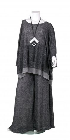 """Amethyst """"Must Have"""" Pleat Tunic Easy Clothing, Large Women, Plus Size, My Style, Bohemian Clothing, Winter Ideas, Mens Tops, Shirts, Dress Ideas"""