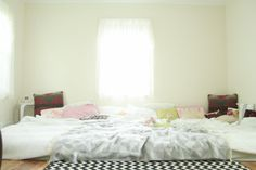 www.thevintagesouls.com CO-SLEEPING: The Story So Far #floorbed #familybed #cosleeping #thevintagesouls
