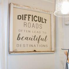 Diy home decor - Difficult Roads Farmhouse Window Frame – Diy home decor Farmhouse Side Table, Farmhouse Windows, Farmhouse Signs, Rustic Farmhouse, Rustic Wood, Rustic Signs, Country Wood Signs, Country Decor, Farmhouse Frames