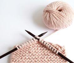 8 projets à tricoter avec une seule pelote de laine - Marie Claire