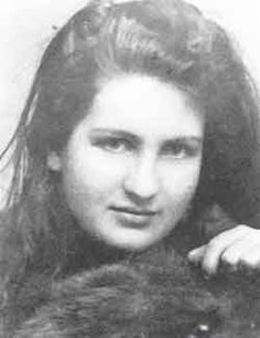 Alma Mahler Werfel Alma Mahler (born Alma Maria Schindler; 31 August 1879 – 11 December 1964) A socialite and amateur composer known for her beauty and verve, Mahler was married to composer Gustav Mahler, architect Walter Gropius, and novelist Franz Werfel. She also undertook a strong flirtation with Gustav Klimt and affairs with numerous artists (Oskar Kokoschka, ...)