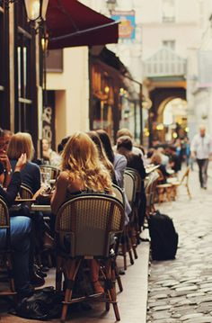 French street/café scene