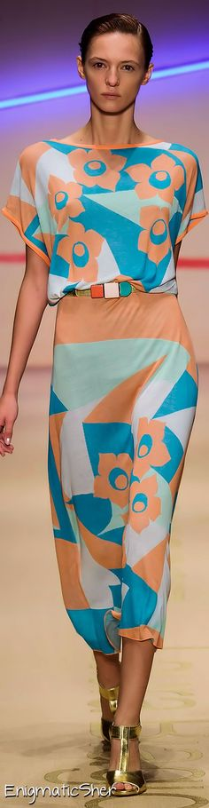 Laura Biagiotti Spring Summer 2015 Ready-To-Wear  |  couture .... runway