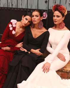 Flamenco Dancers, Flamenco Dresses, Spanish Dancer, Dress Making Patterns, Bridesmaid Dresses, Wedding Dresses, Fashion Shoot, Evening Gowns, Culture