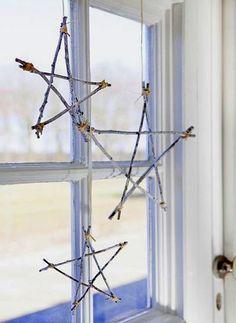 natürliche Dekor aus Stöcken schaffen Stern Fensterdekoration