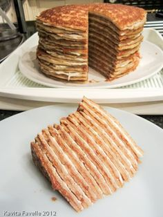 Quick & Easy Speculoos & Mascarpone Pancake Cake - Easy Desserts for Festive Dining - yum yum Homemade Desserts, Great Desserts, No Bake Desserts, Dessert Recipes, Pancakes Easy, Pancakes And Waffles, Pancake Cake, Baking Recipes, Pancake Recipes