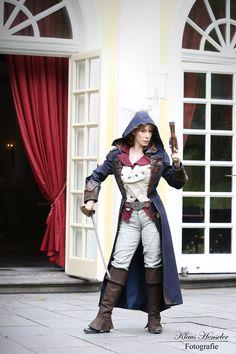 Gia LaFae als Aline Dorian aus Assassin's Creed: Unity.